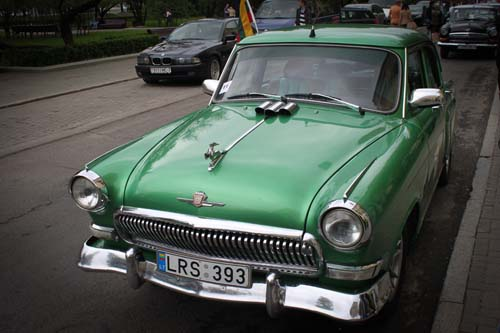volga retro car minsk