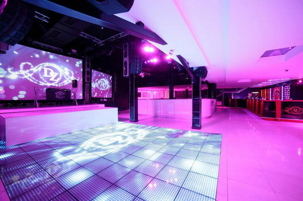 dozari club dance floor