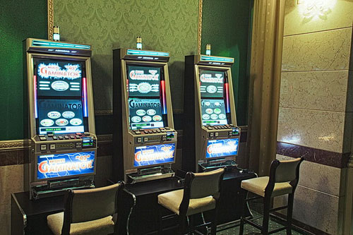 royal casino slot machines
