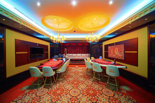 xo casino gambling room